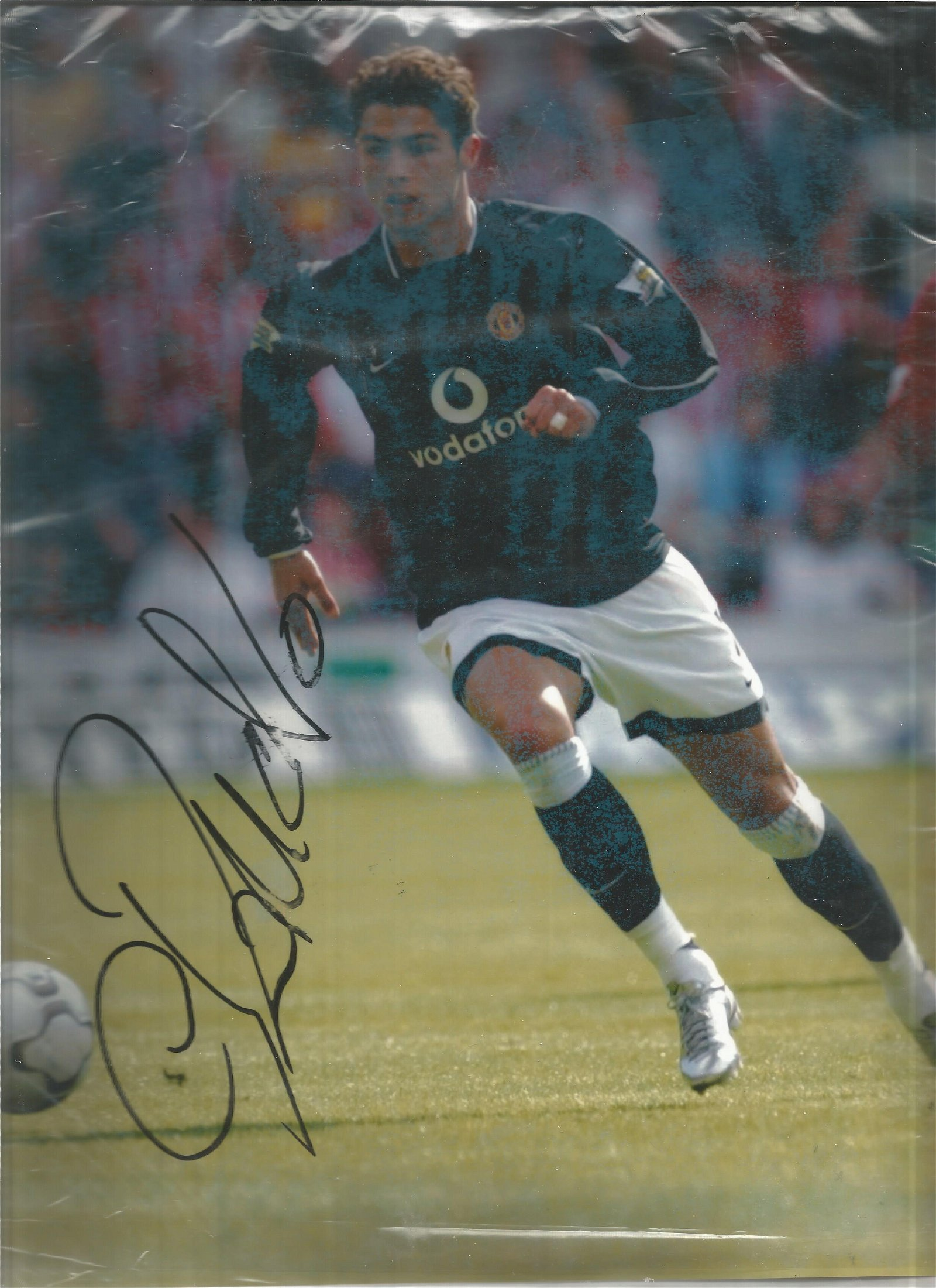 Leeds United Peter Barnes, Football Autographed 12 X 8