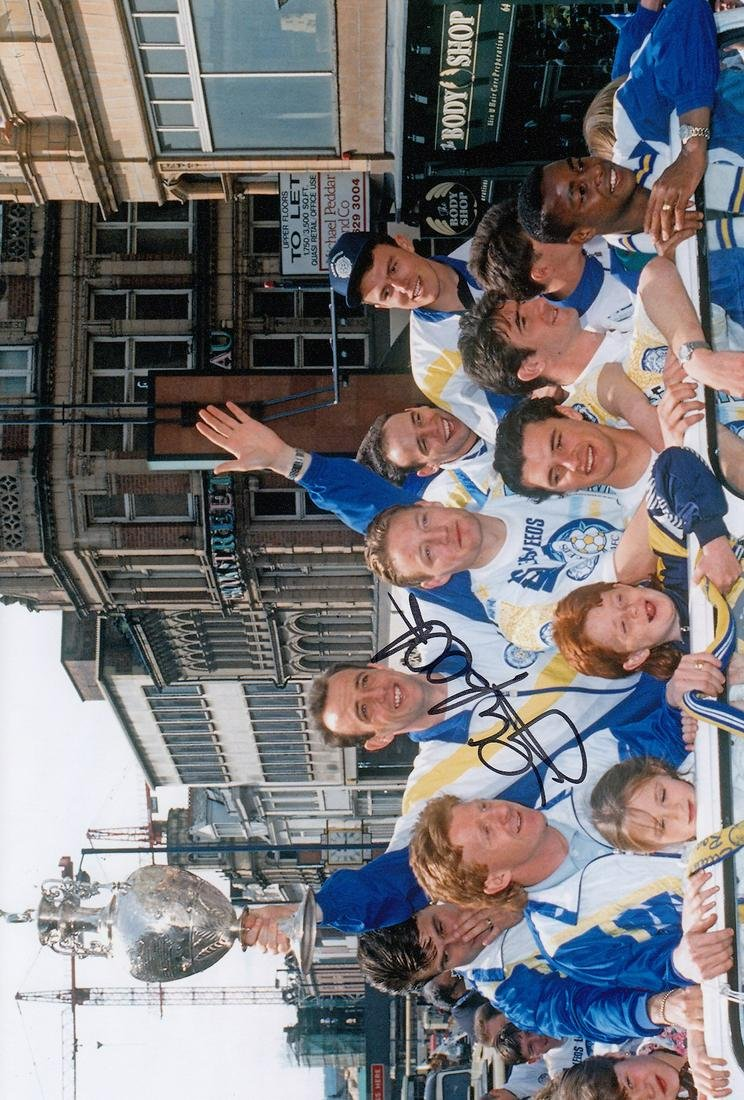 Leeds United Gary Mcallister, Football Autographed 12 X