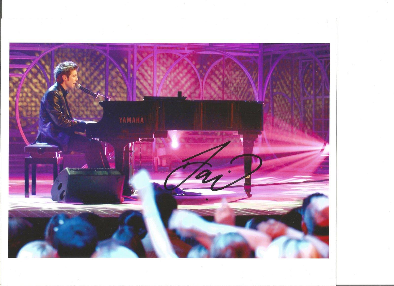 David Sneddon signed 10x8 colour photo. Good Condition.