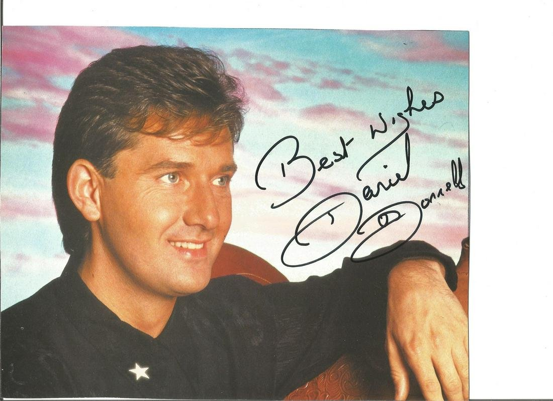 Daniel O'Donnell signed 10x8 colour photo. Good