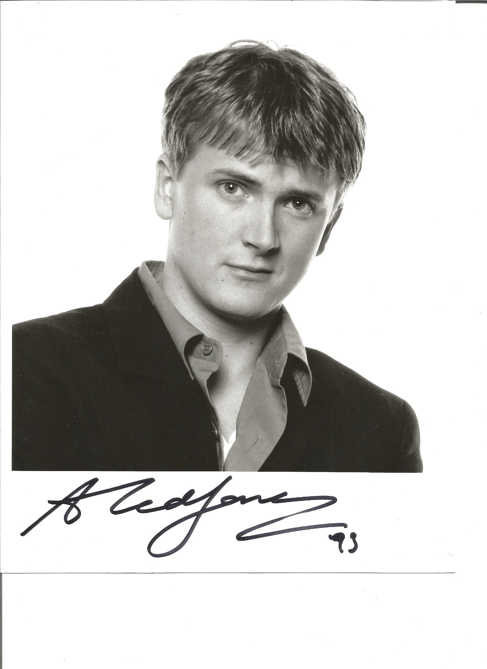 Aled Jones signed 10x8 black and white photo. Very