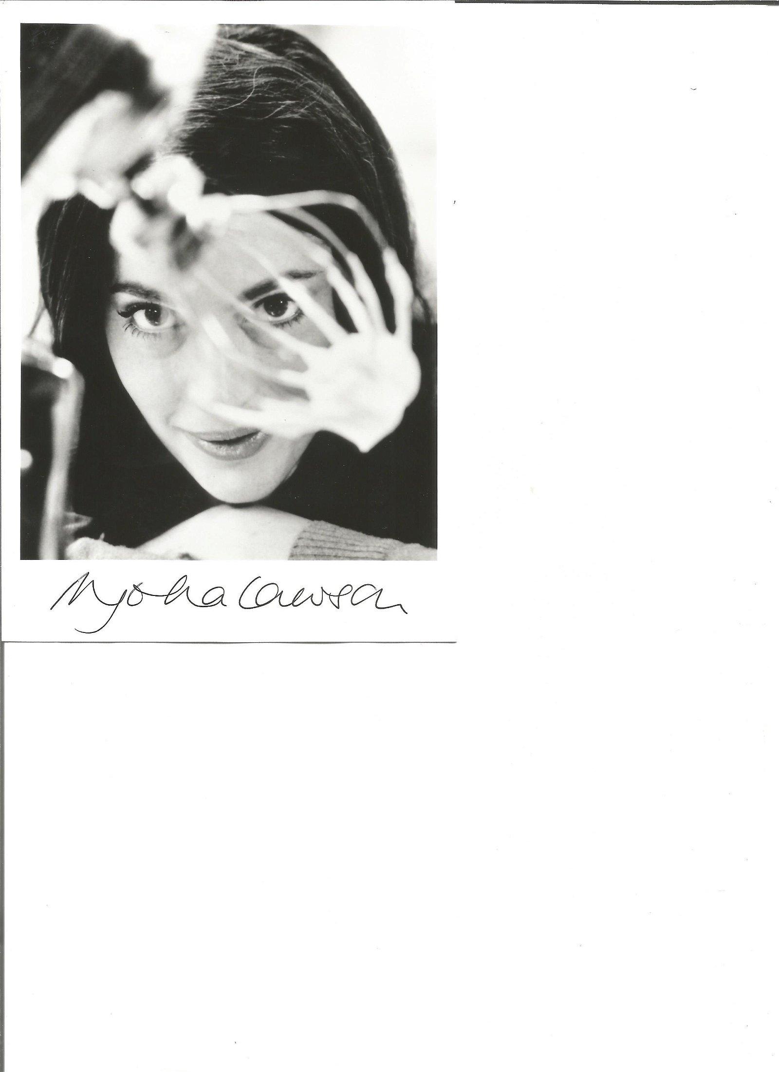 Nigella Lawson signed 7x5 black and white photo. Good