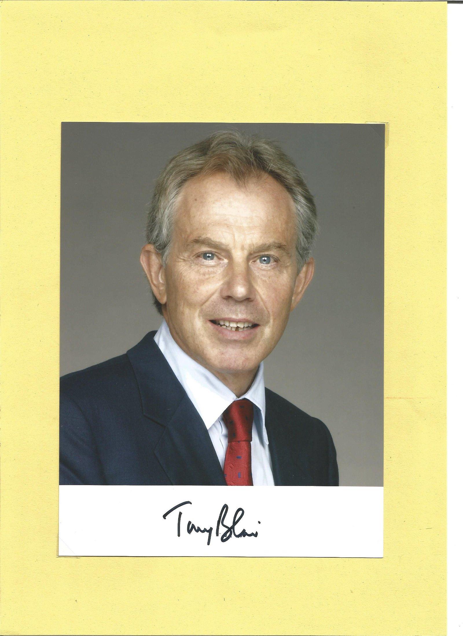 Tony Blair signed 8x6 colour photo. PM 1997 2007. Good