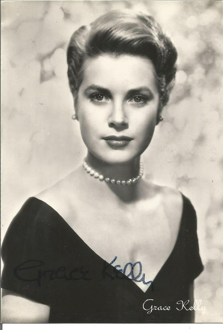 Grace Kelly signed 6x4 black and white photo. Good