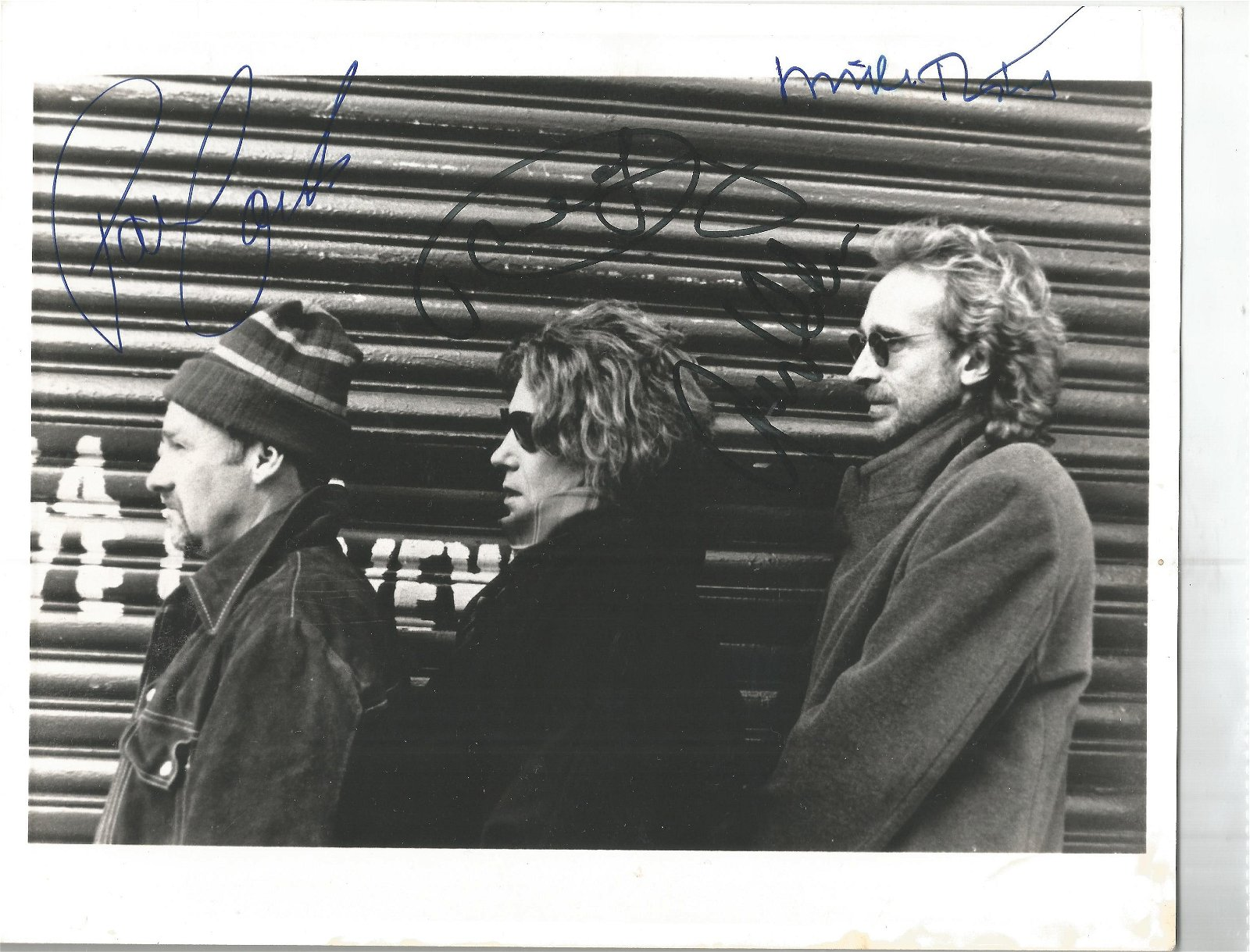 Mike and the Mechanics signed 10x8 black and white