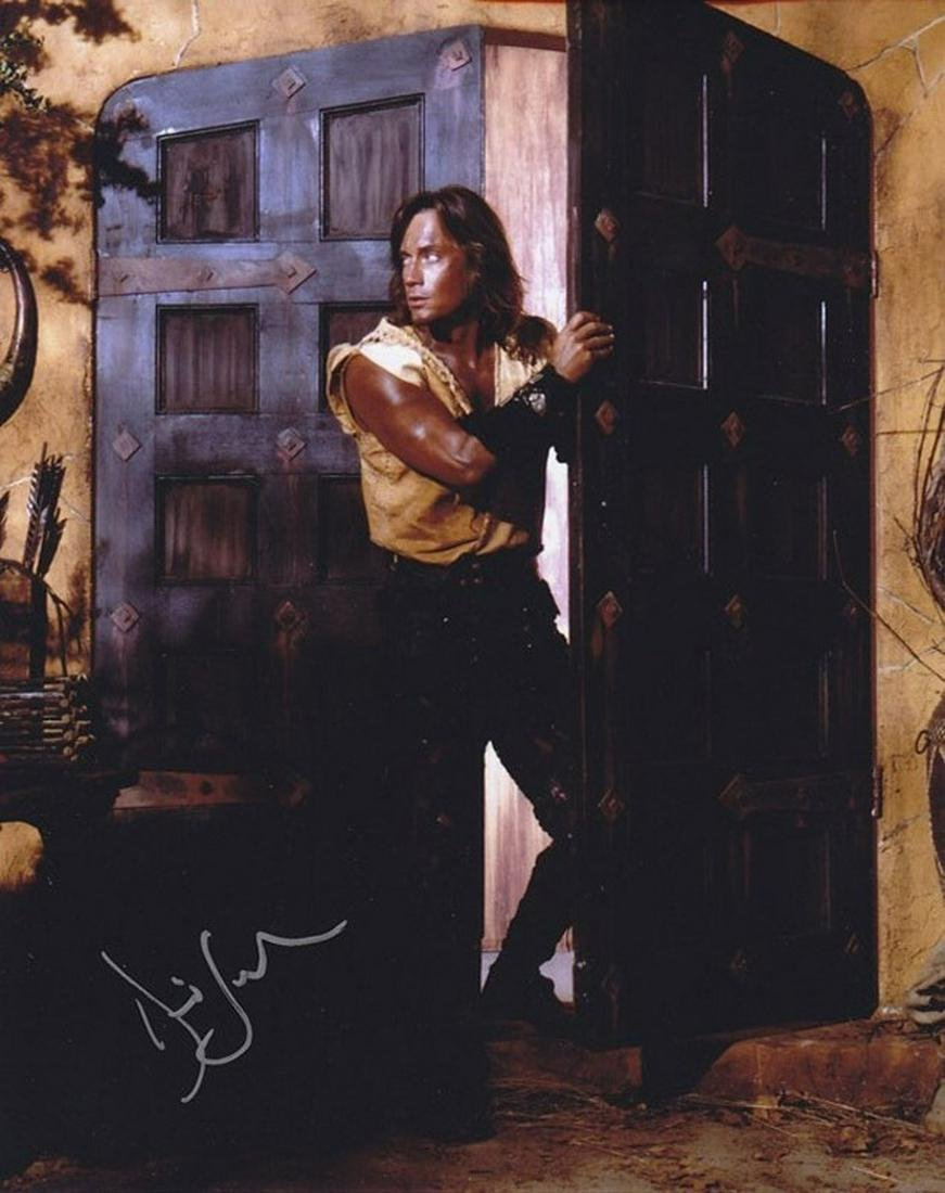 Blowout Sale! Hercules Kevin Sorbo hand signed 10x8