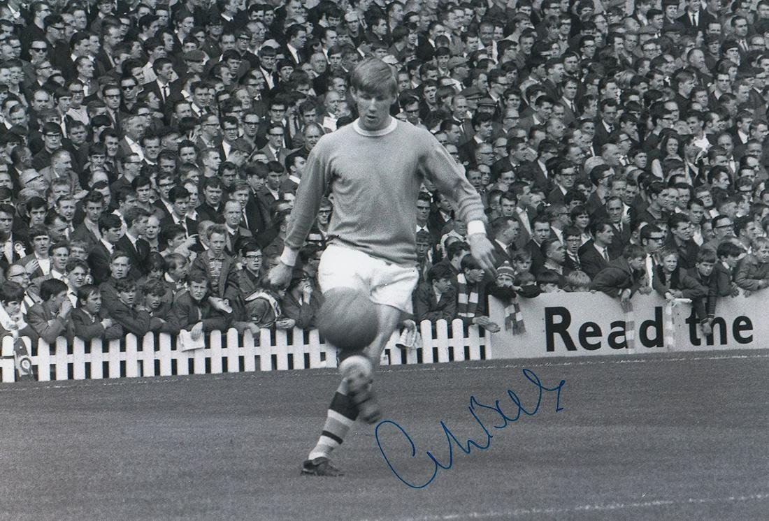 Colin Bell Football Autographed 12 X 8 Photo, A Superb
