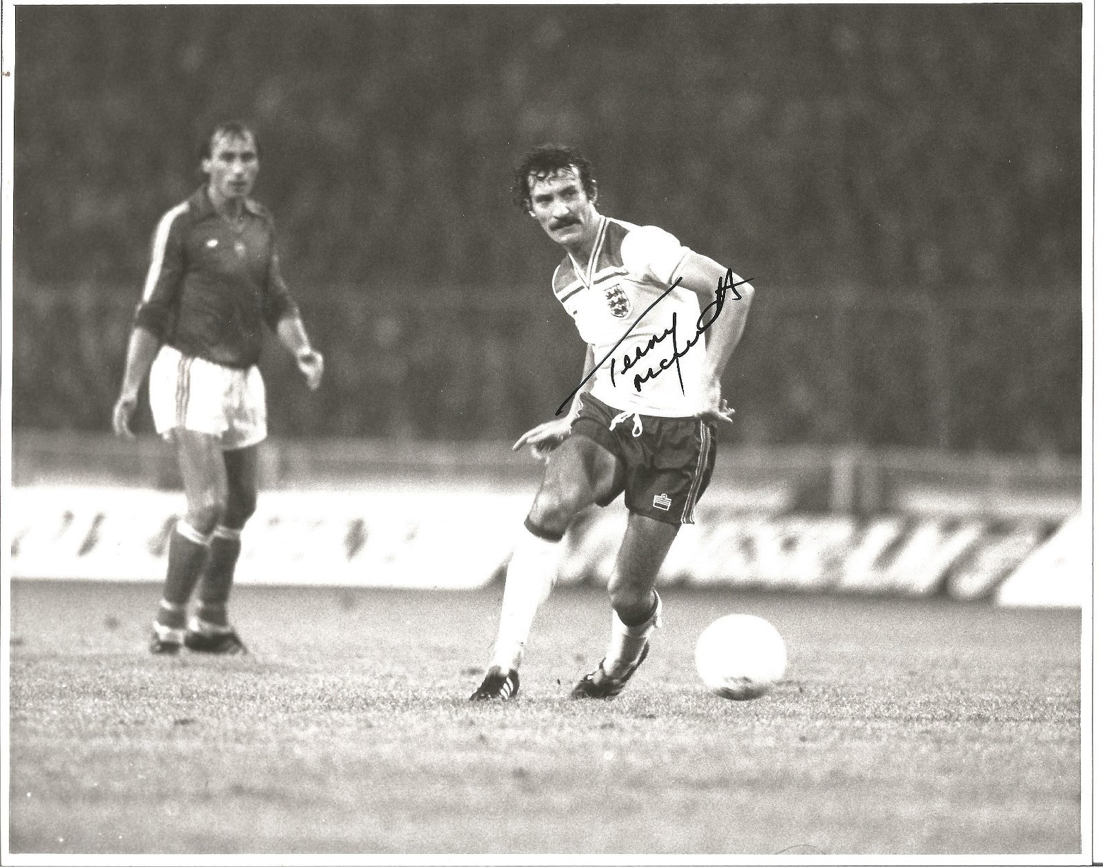 Football Terry McDermott 10x8 signed black and white
