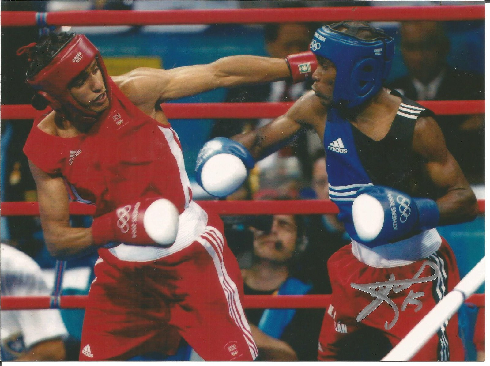 Boxing Mario Kindelan signed 8x6 colour photo pictured