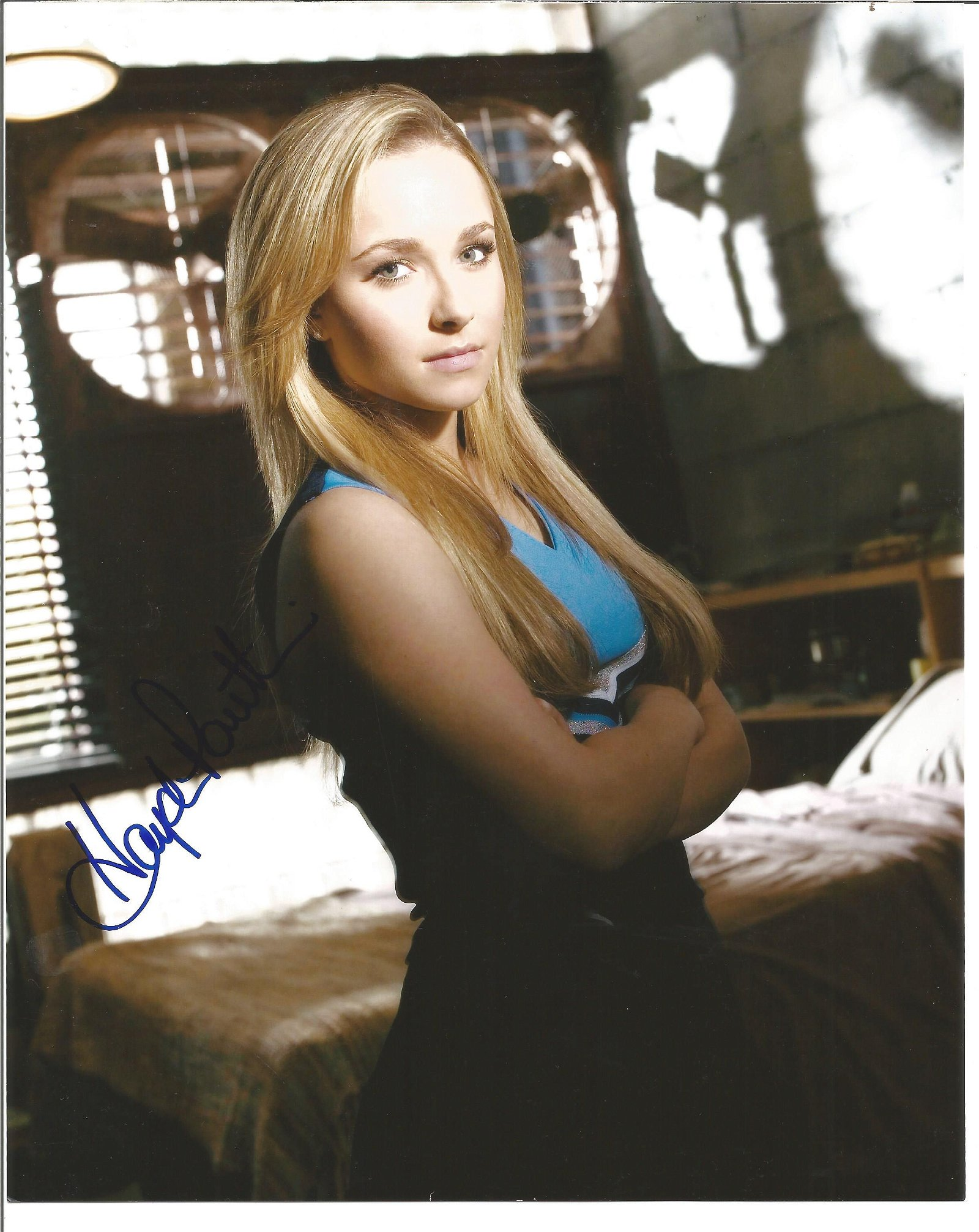 Blowout Sale! Heroes Hayden Panettiere hand signed 10x8