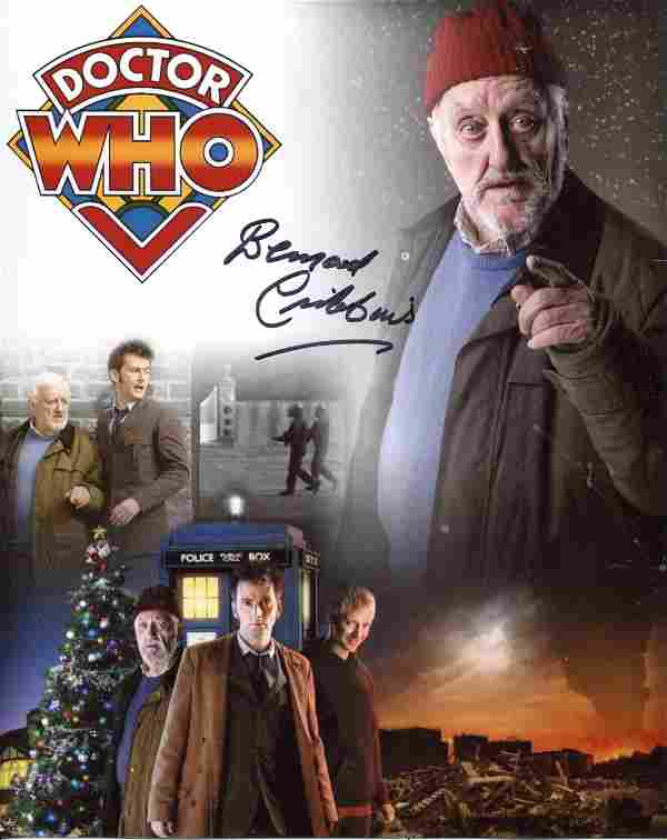 Doctor Who 8x10 inch photo scene signed by actor