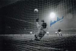 Gordon Banks 1972 Football Autographed 12 X 8 Photo A