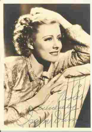 Irene Dunne signed 7x5 vintage black and white photo