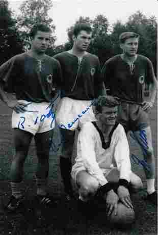 Autographed West Germany 6 X 4 Photo - Franz