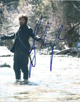 Josh Brolin signed 10x8 colour photo pictured in his
