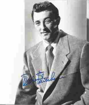 Robert Mitchum signed 10 x 8 inch b/w early portrait