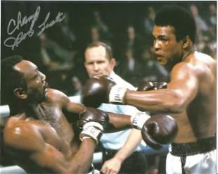 "Boxing Bob Foster signed 10x8 photo. Robert Wayne ""Bob"""
