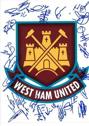 Football West Ham United 2010/2011 squad multi signed