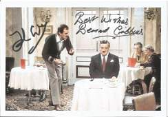 John Cleese and Bernard Cribbins signed 7x5 Fawlty