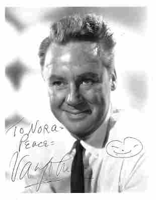 Van Johnson Signed 10 x 8 inch b/w photo from Subway in