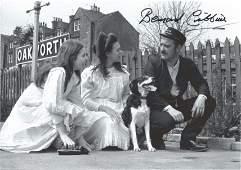 Bernard Cribbins signed 12x8 Railway Children photo.