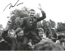Lech Walesa signed 10x8 black and white photograph.