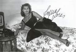 Sophia Loren signed 12x8 black and white photograph