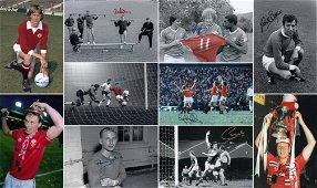 Autographed LOT OF MAN UNITED 12 x 8 photos - Col and
