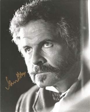 Ian Holms 10x8 black and white signed photograph. Holms