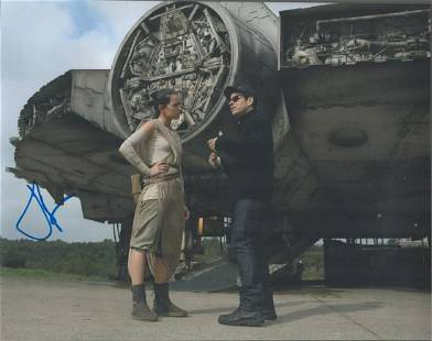 Star Wars, Daisy Ridley signed 14x11 colour photograph