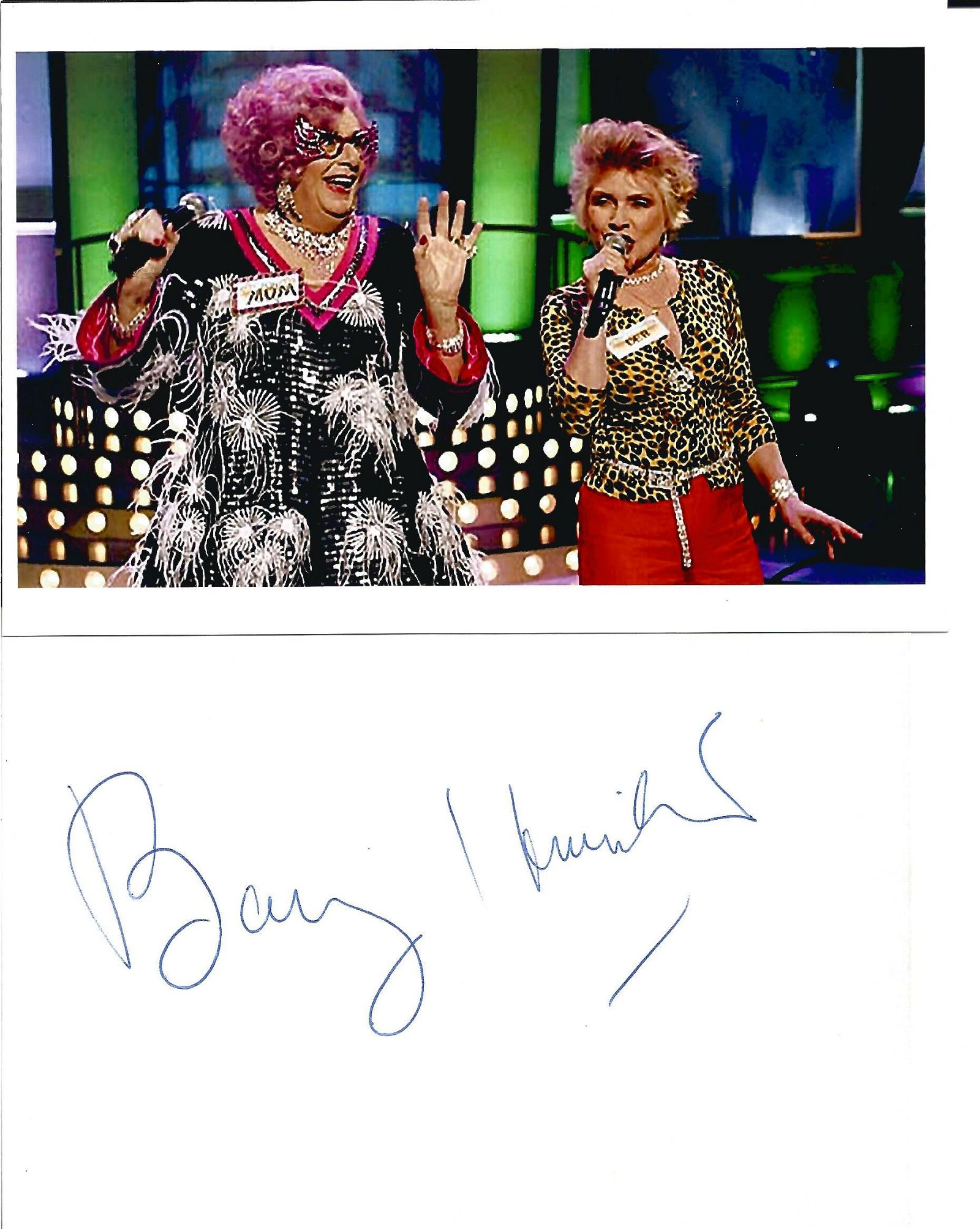 Barry Humphries 6x4 colour photograph complete with a