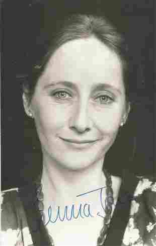 Gemma Jones signed 6x4 black and white photograph.