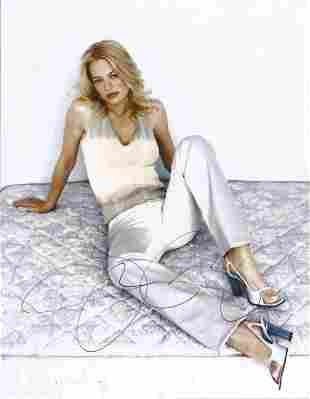 Jeri Ryan signed 10x8 colour photograph. Ryan is well
