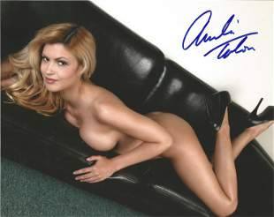 Amelia Talon signed 10x8 glamour colour photograph.