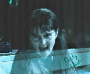 Shirley Henderson signed 10x8 colour photograph