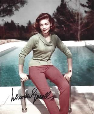 Lauren Bacall signed 10x8 colour photo. Lauren Bacall