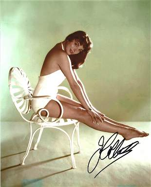 Joan Collins signed 10x8 colour photo. Dame Joan
