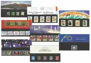 8 GB stamp presentation packs. 1989/2001. Good