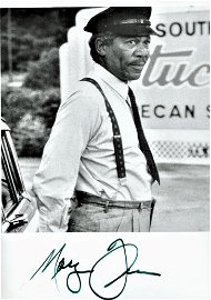 Morgan Freeman signed 7x5 black and white photograph