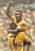 Pele signed 23x17 colour photo iconic image celebrating