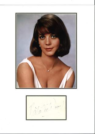 Natalie Wood 16x12 mounted and signature piece includes