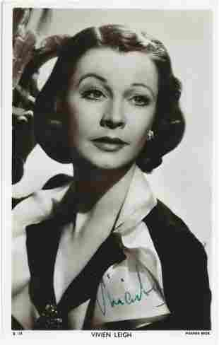 Vivian Leigh signed 6 x 4 vintage Picturegoer Postcard
