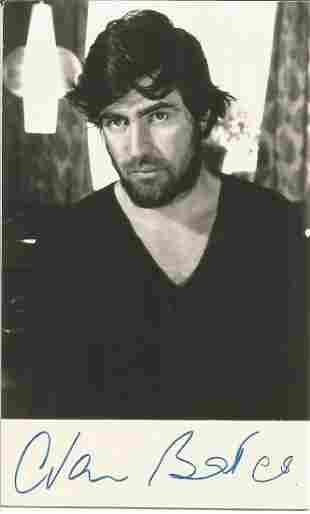 Alan Bates signed 6x4 black and white photograph. Bates