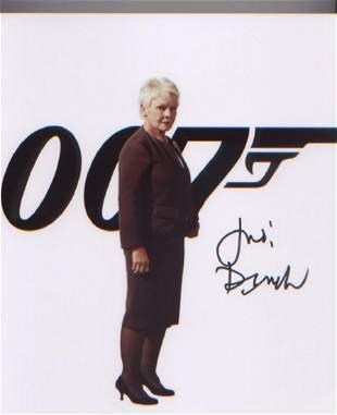 James Bond Dame Judi Dench signed 10 x 8 inch photo .