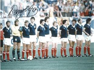 Football Autographed Scotland 8 X 6 Photos Col,
