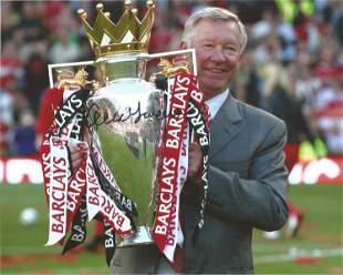 Alex Ferguson signed 10x8 colour photo holding the