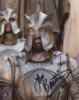Game of Thrones 8x10 photo signed by actor Ian Beattie.
