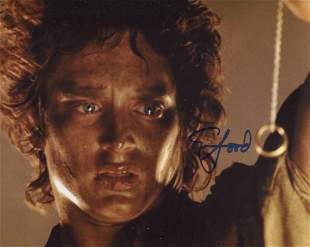 Lord of the Rings 8x10 photo signed by actor Elijah