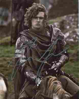 Game of Thrones 8x10 photo signed by actor Finn Jones.