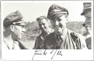 Luftwaffe ace Gunter Rall signed 7 x 4 inch b/w photo.